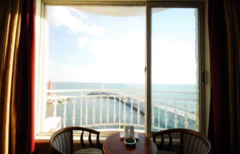 Blue Beach Hotel - Room - 11