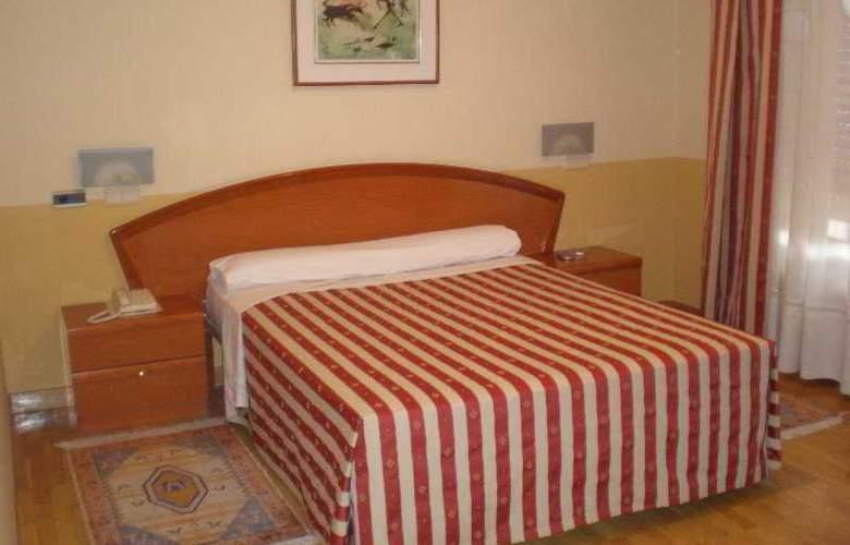 Los Braseros - Room - 8