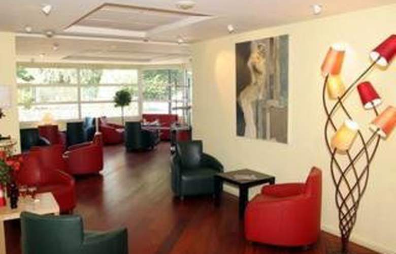 Comfort Hotel Lille-Mons en Baroeul - General - 1
