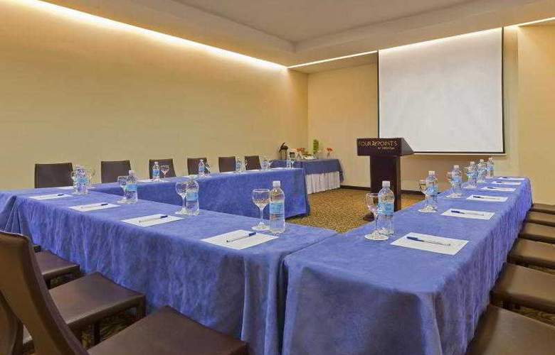 Four Points By Sheraton Medellin - Hotel - 21