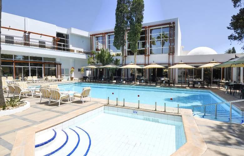 Sindbad - Hotel - 0