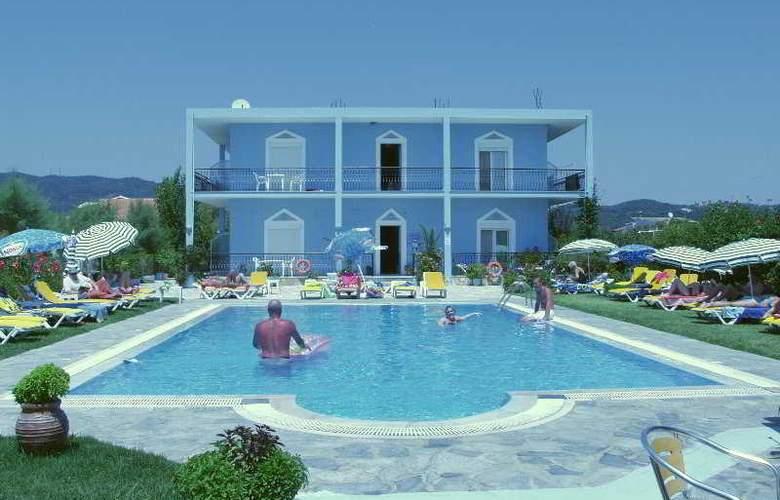 Blue Diamond - Pool - 5