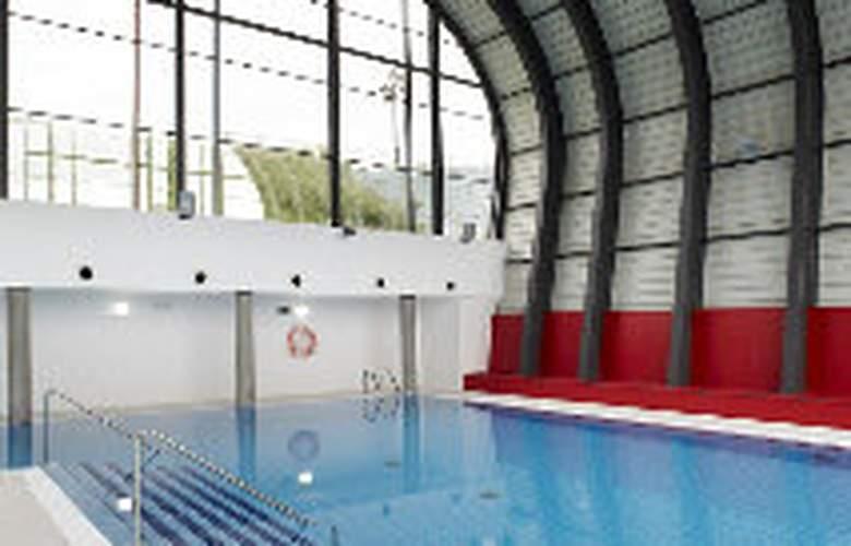 Aparthotel Ovida - Pool - 6