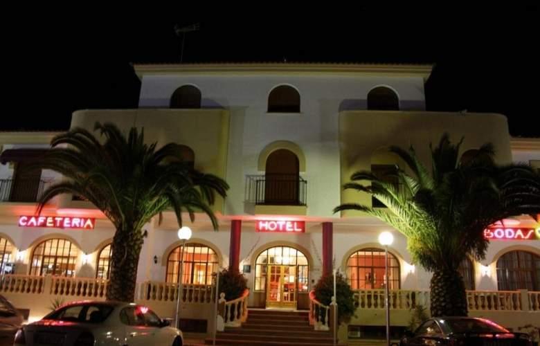 Acosta Vetonia - Hotel - 6