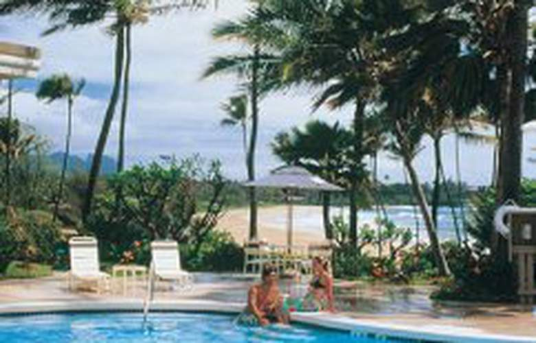 Aston Aloha Beach Hotel - Pool - 4