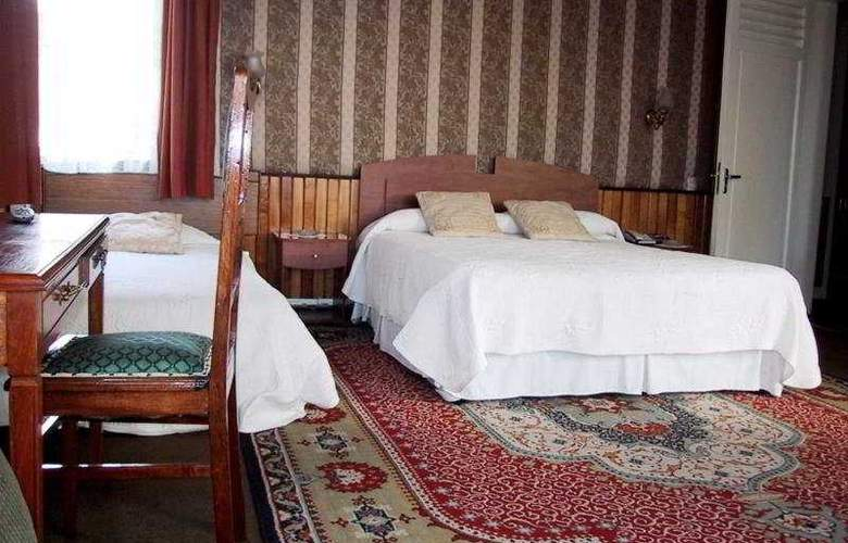 Lyon - Room - 4