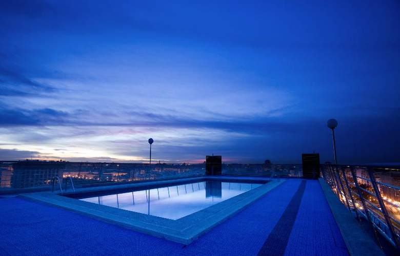 Expo Valencia - Pool - 42