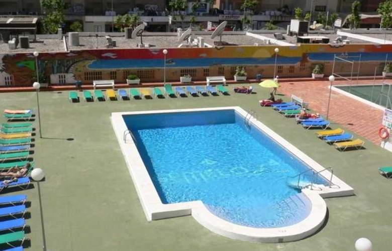 Gemelos II-IV F. Arena - Pool - 1