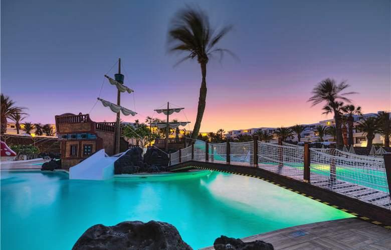 H10 Suites Lanzarote Gardens - Pool - 23