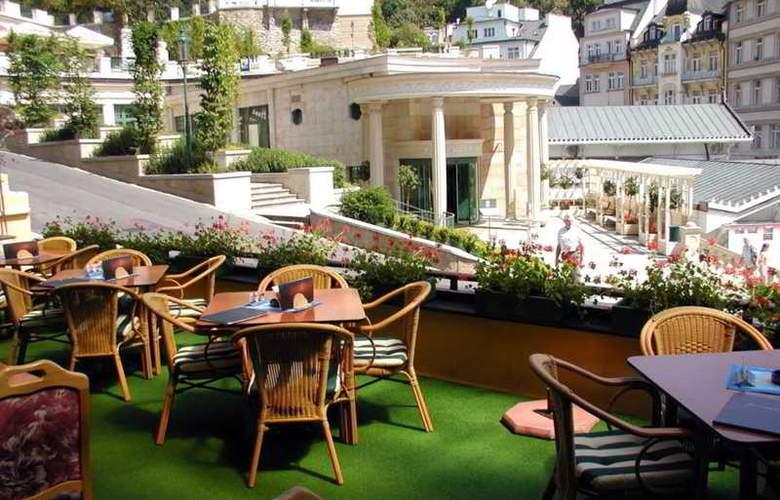 Romance Puskin Hotel - Terrace - 12