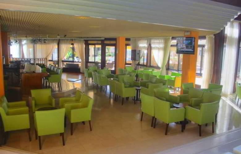 Auramar Beach Resort - Bar - 29