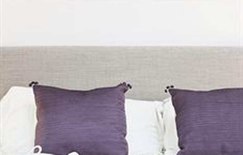 Zambala Luxury Residence - Room - 0