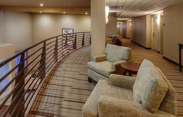 Best Western Plus Chena River Lodge - Hotel - 33