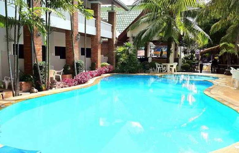 Bayshore Resort & Spa (formely Mermaid Resort) - Pool - 6