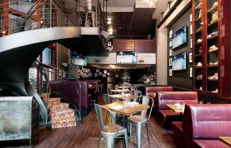 Royalton Park Avenue - Bar - 10