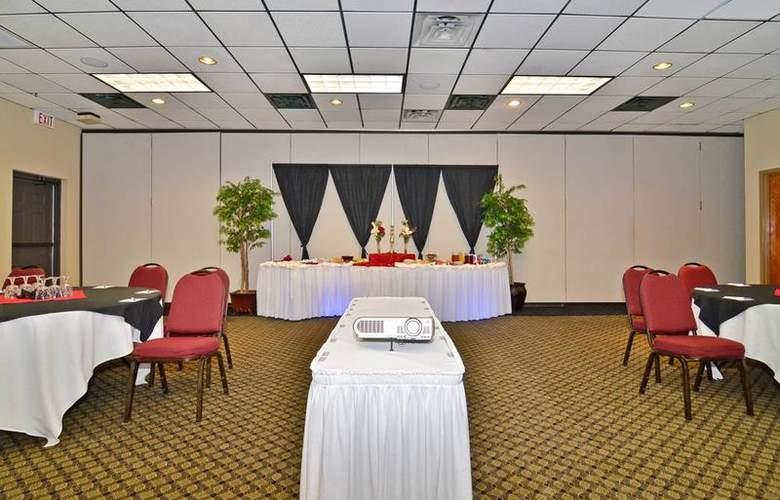 Best Western Saddleback Inn & Conference Center - Conference - 109