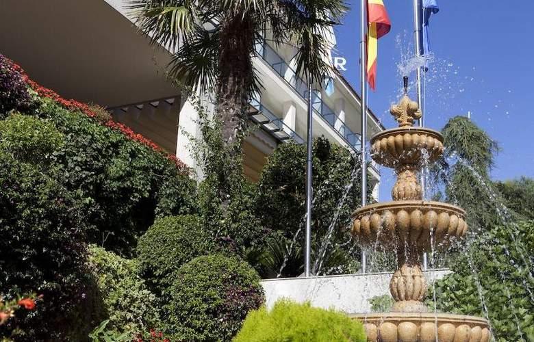 Carlos I Silgar - Hotel - 13