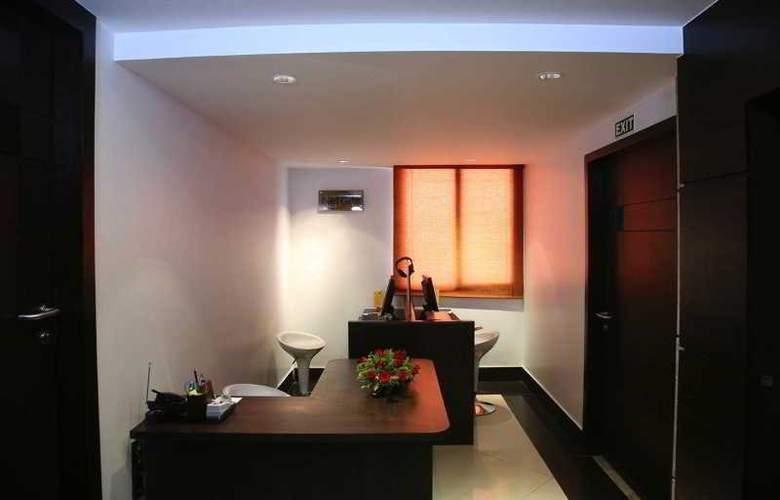 Residency Towers - Hotel - 17