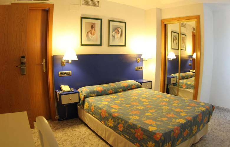 Vila-Real Marina Azul - Room - 11