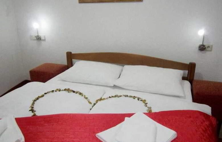 Motel Deny - Room - 4