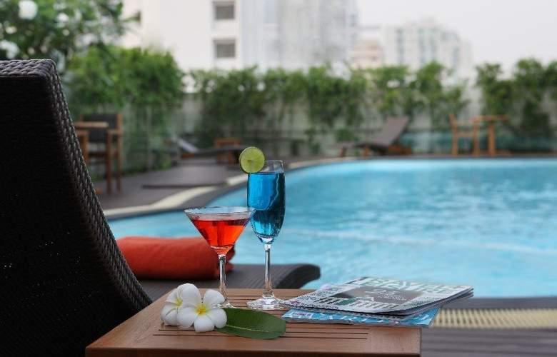 Amari Residence Sukhumvit - Pool - 7