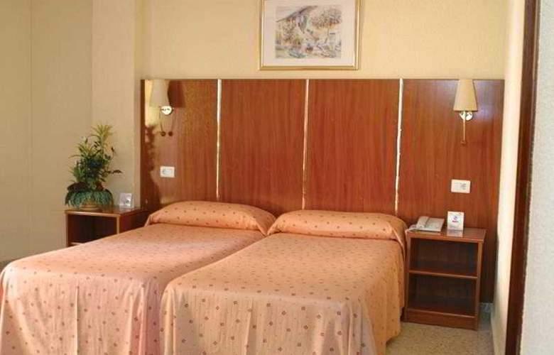 Port Fleming - Room - 2