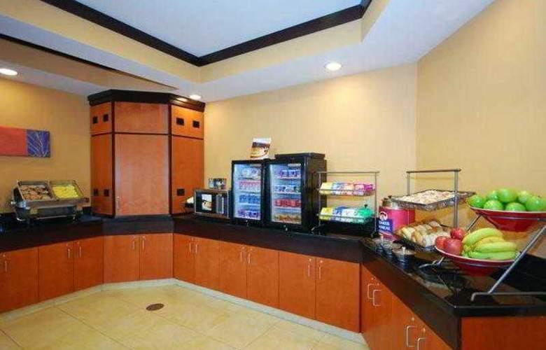 Fairfield Inn & Suites Canton - Hotel - 13
