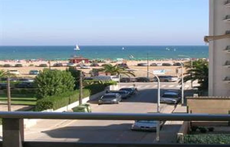 Apartamentos Eolo - Beach - 1
