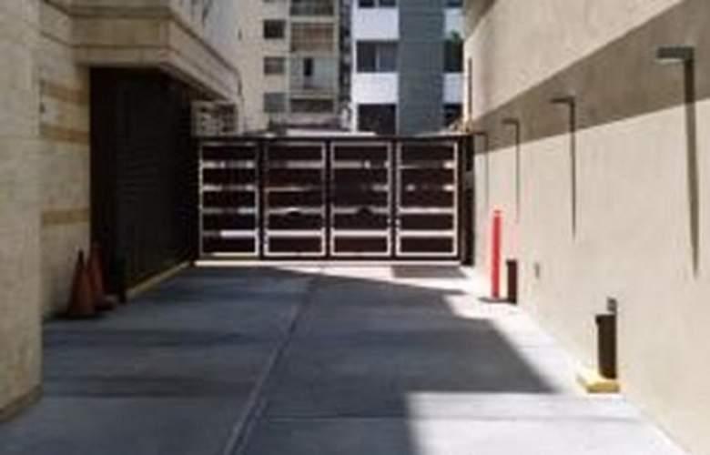 Cuarta Avenida - Hotel - 4