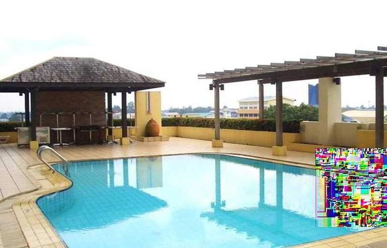 Tanahmas The Sibu Hotel - Pool - 2