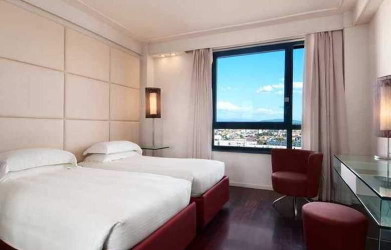 Hilton Florence Metropole - Hotel - 8