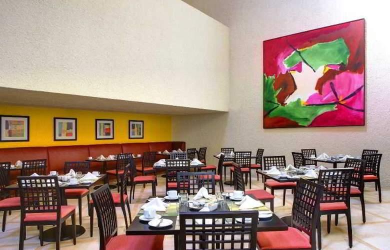 The Westin Resort & Spa Cancun - Restaurant - 52
