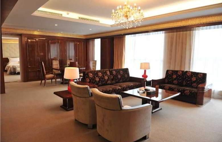 East Coast Hotel - Room - 5