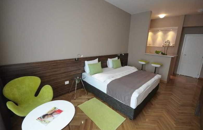 Adresa - Room - 14