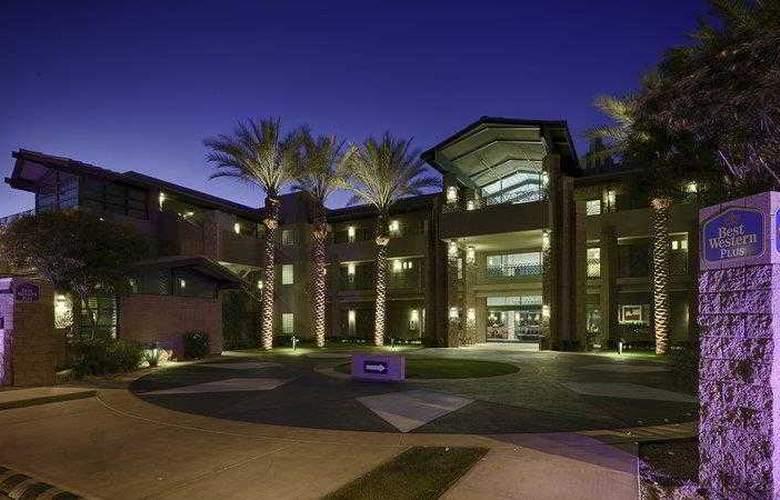 Best Western Sundial - Hotel - 8