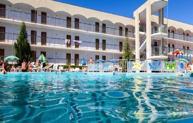 Amfora Beach - Pool - 6