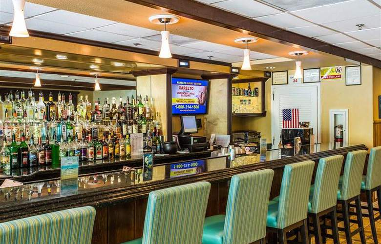 Best Western Plus Oceanside Inn - Bar - 103