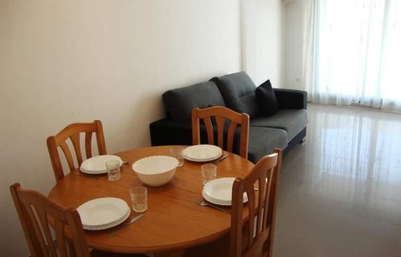 Apartamentos Peñiscola Centro 3000 Sin Piscina - Room - 3