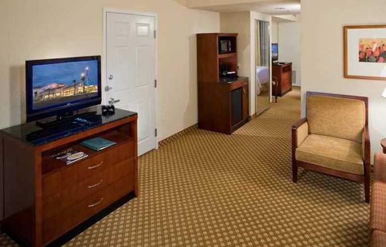 Hilton Garden Inn Tucson Airport - Hotel - 7