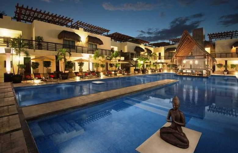 Aldea Thai Luxury condohotel - Pool - 4