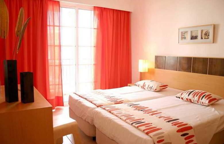 Aquamar Apartamentos - Room - 3