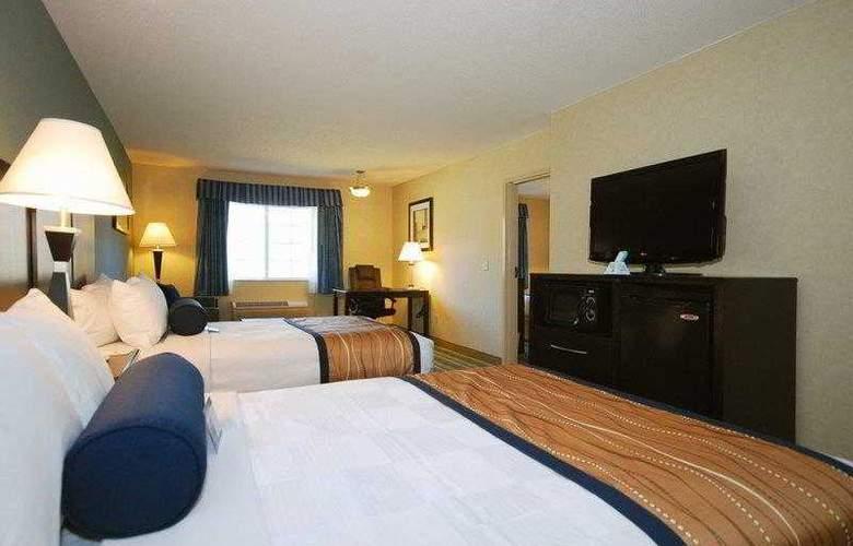 Berkshire Hills Inn & Suites - Hotel - 22