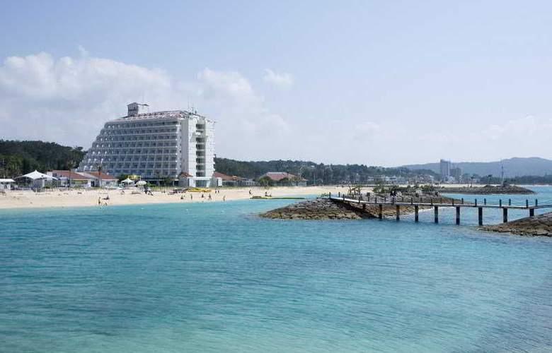 Sheraton Okinawa Sunmarina Resort - General - 2