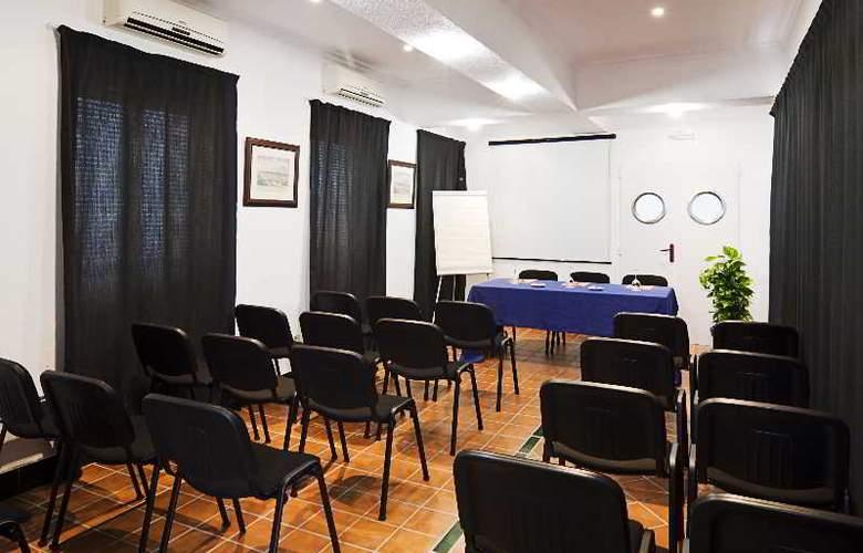 Las Casas de los Mercaderes - Conference - 21