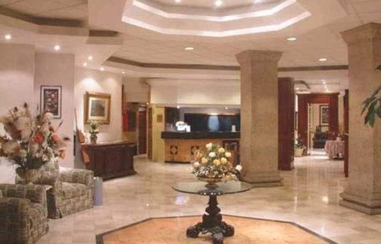 Quality Inn Aguascalientes - General - 0