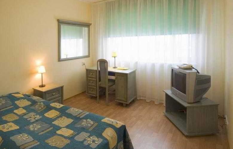 Dzingel - Room - 1
