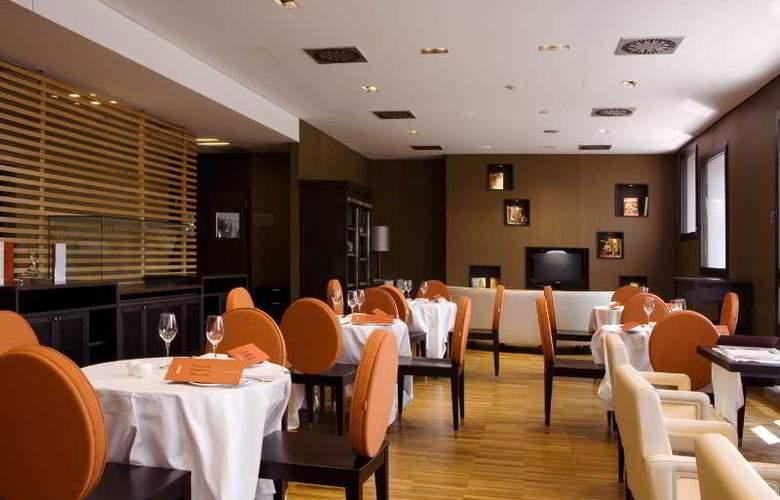 NH Milano Fiera - Restaurant - 9