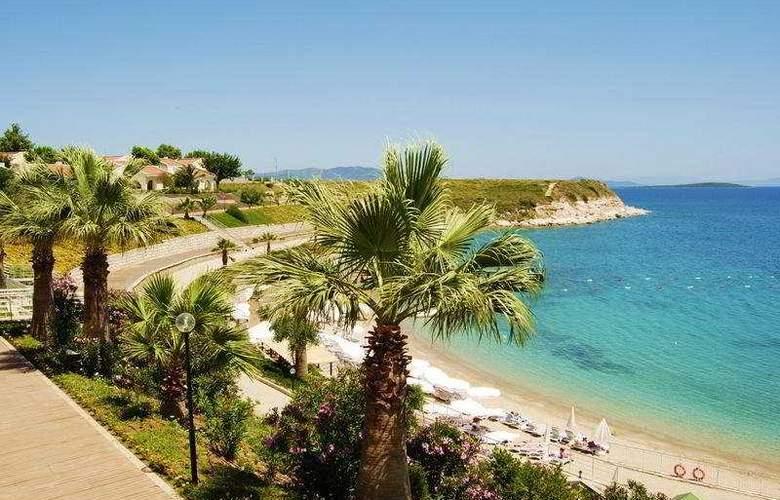 Palm Wings Beach Resort - Beach - 8