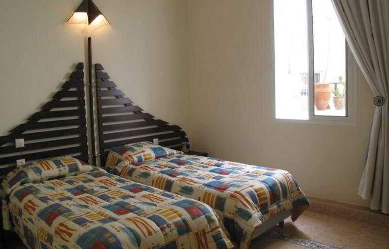 Beau Rivage - Room - 5