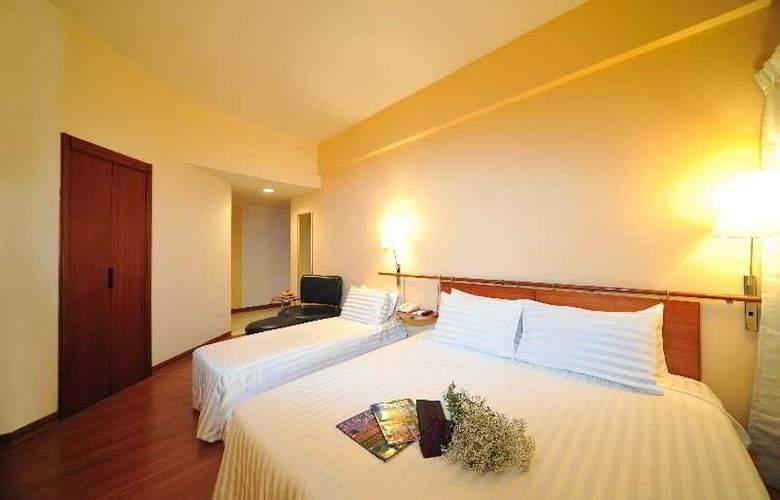 Alpha Genesis Hotel Kuala Lumpur - Room - 11